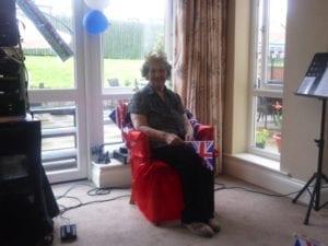 HG Royal Knees Up Sylvia Clark